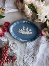 Load image into Gallery viewer, Vintage Wedgwood Blue Dish