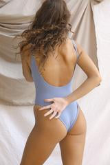 Signature Scoop One Piece Slate