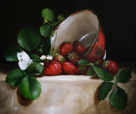 Still life with Strawberries and butterfly - oil on linen - 30 X 25 cm