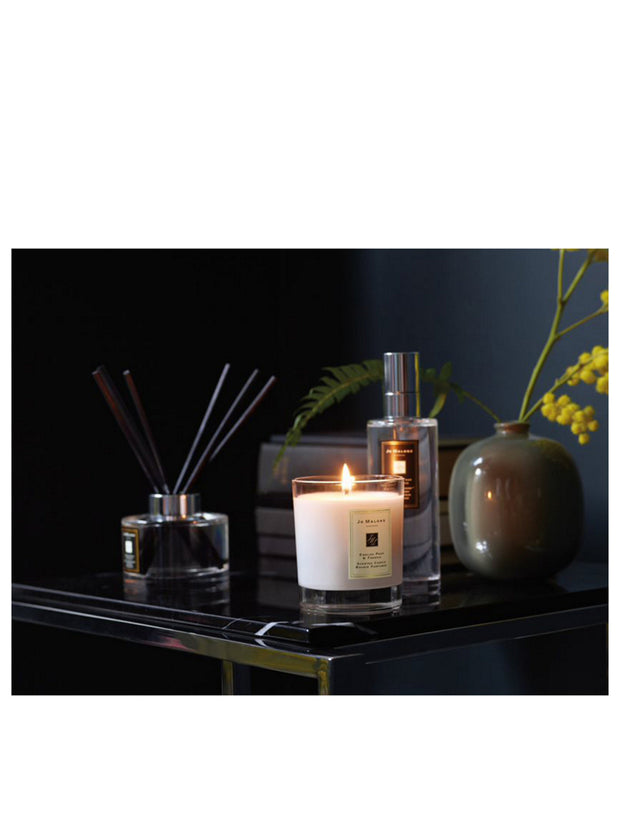 ENGLISH PEAR & FRESIA - Scented Candle