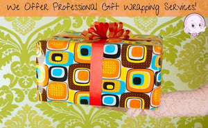 Gift Wrapping With Handwritten Note Card.