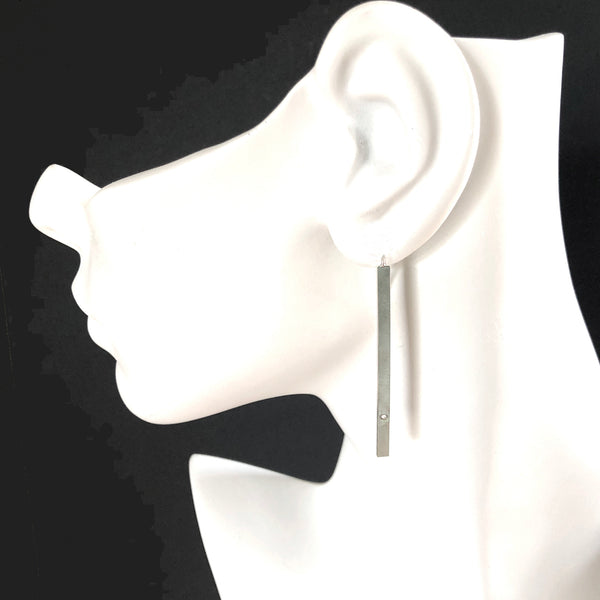Silver bar threader earrings with gemstones by eko jewelry design, Peri on model,