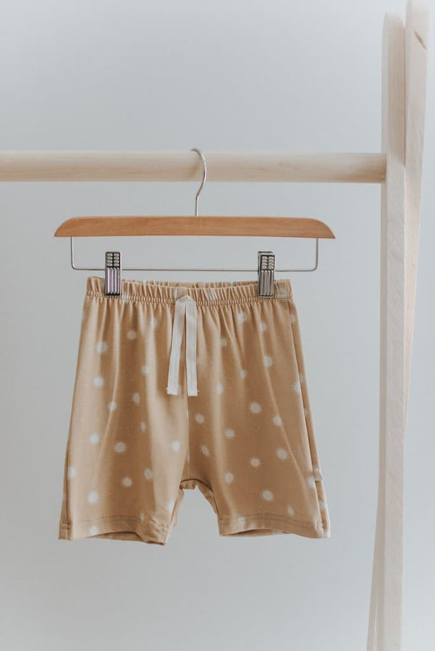 Everyday Shorts in Speckled Sun Jax and Lennon