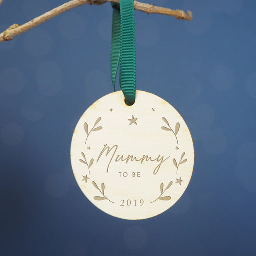 'Mummy to Be' Engraved Wooden Christmas Tree Decoration
