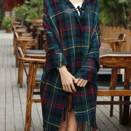 Arsia Cape (Green Plaid) - Boho 70