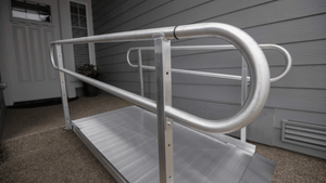 GATEWAY 3G Portable Solid Surface Entry Ramps - Railings Close Up