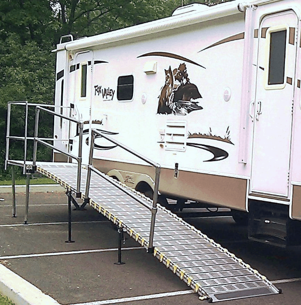 Portable Camper / RV Ramp System RV And Trailer