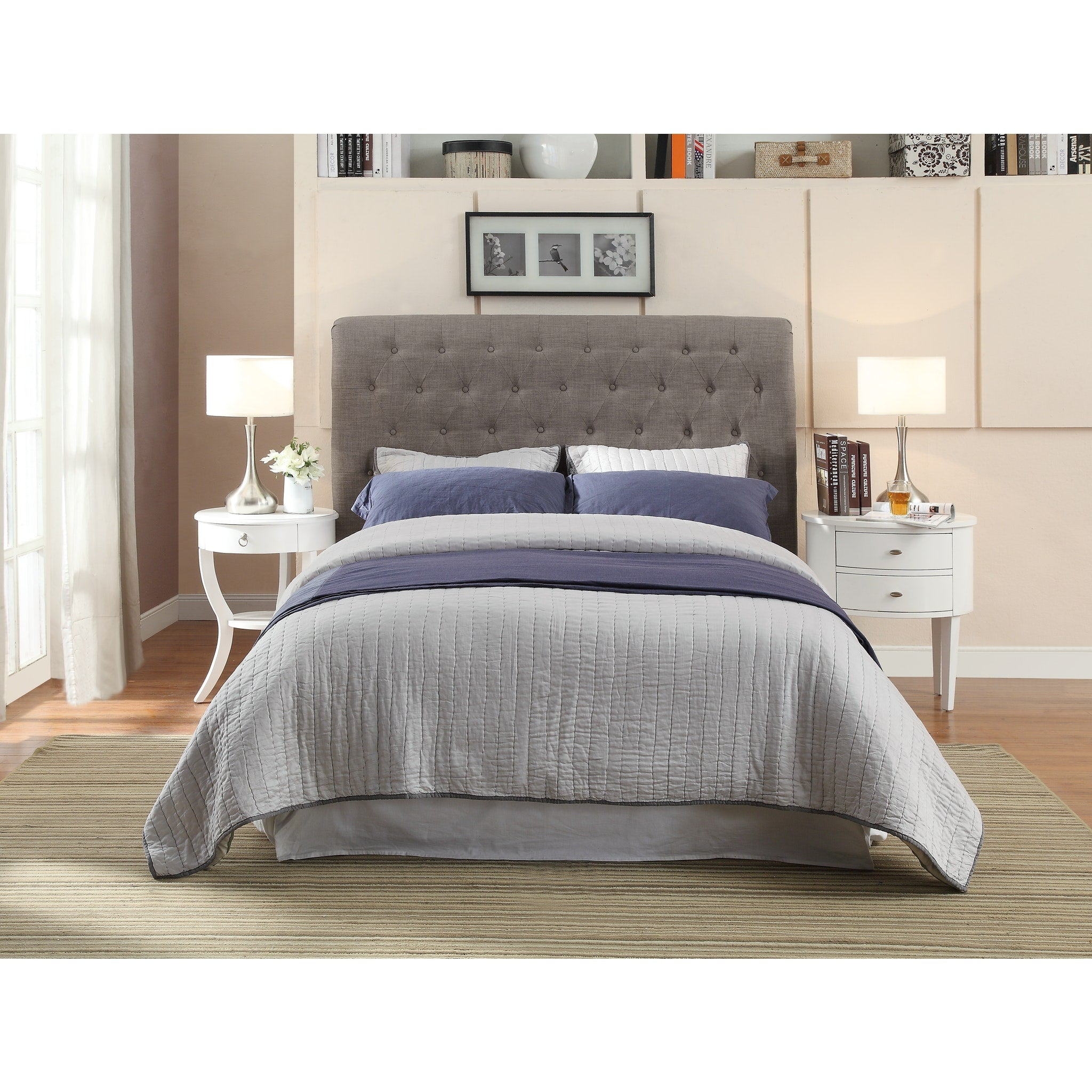 Royal Queen-size Tufted Platform Bed