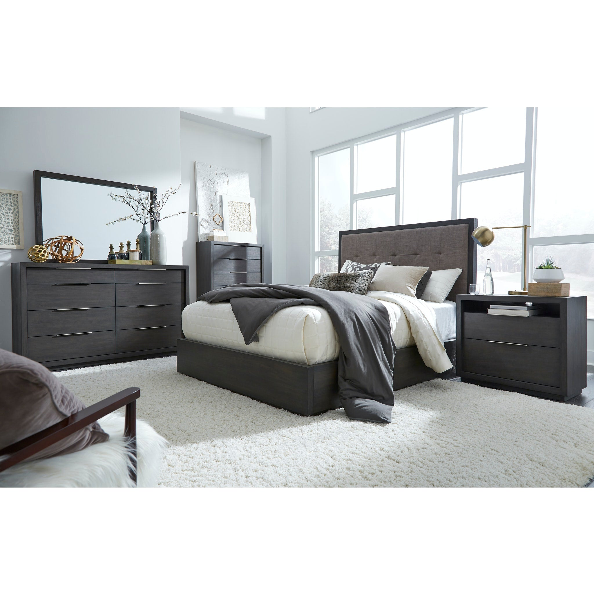 Oxford Full-Size Platform Bed in Dolphin
