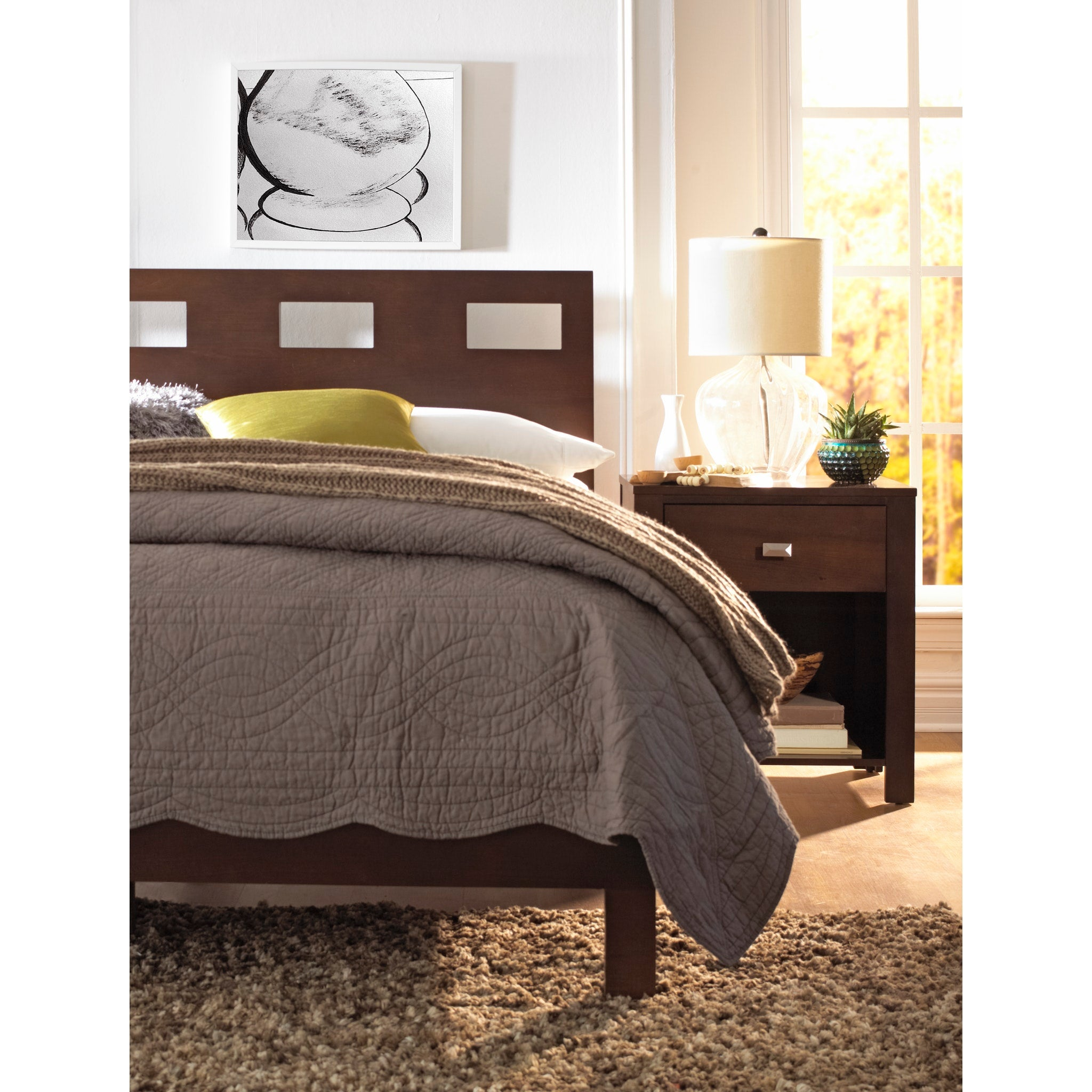 Riva King-size Platform Bed in Chocolate Brown