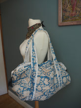 Load image into Gallery viewer, Beautiful Indian Hand Block Printed Floral Quilted Duffle Bag