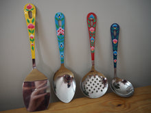Load image into Gallery viewer, Hand Painted Kashmir Enamelware Floral Kitsch Kitchen Utensil Set x 4