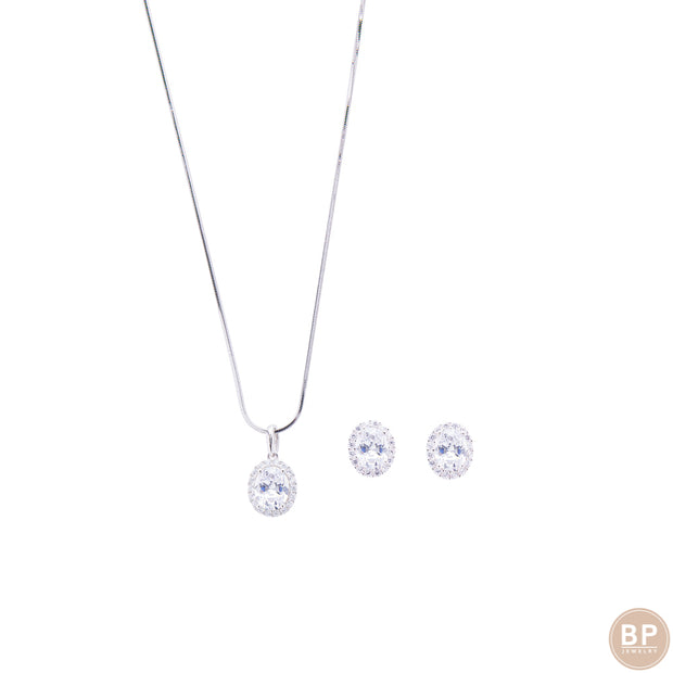 Simple Diamond Stone Set - BERNA PECI JEWELRY