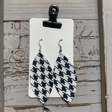 Houndstooth Leaf Leather Earrings