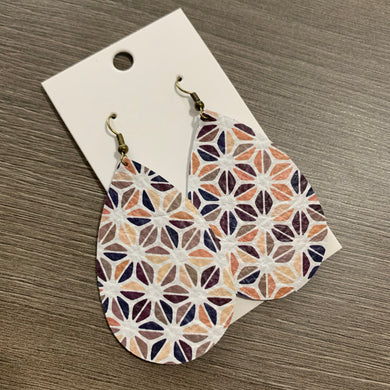 Fall Hexagon Teardrop Leather Earrings