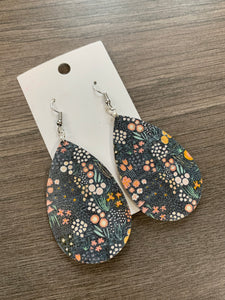 Floral Cork Teardrop Leather Earrings