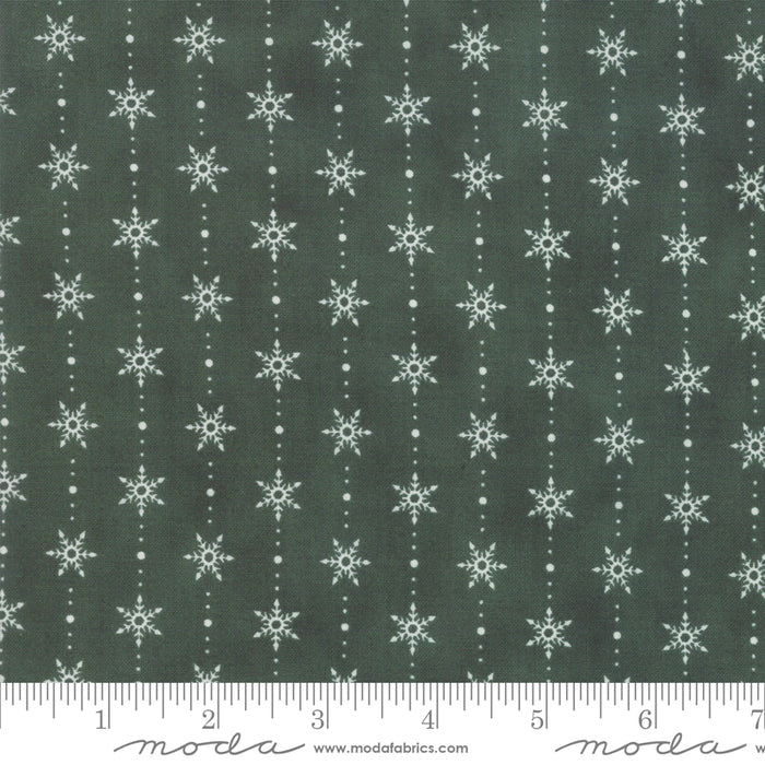"Holly Green Snowflakes 44"" fabric, Moda, Homegrown Holidays, 19946 16"