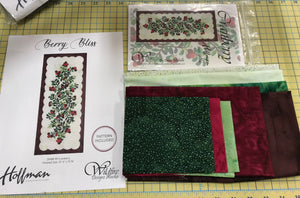 Berry Bliss Cranberry Table Runner Kit, Hoffman Fabrics, DMBB-99