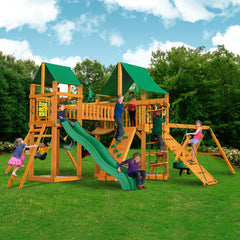 Pioneer Peak w/ Amber Posts and Sunbrella® Canvas Forest Green Canopy