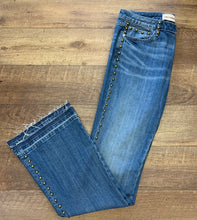 Load image into Gallery viewer, Studded Jeans