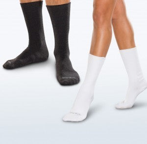 Seamless Crew Socks by Smartknit (Big Kids / Adults)