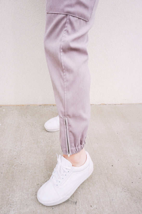 Slaying in Slate Joggers - Barr Bones