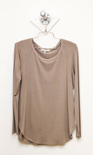 Classic Long Sleeve Round Neck Tee