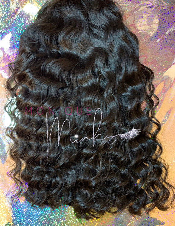 BOMB Brazilian curly