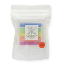 Load image into Gallery viewer, Rikagaku (Kitpas) Dustless Chalk  - Neon