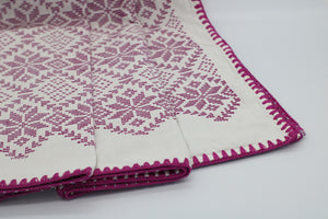 TABLE RUNNER/ BED RUNNER