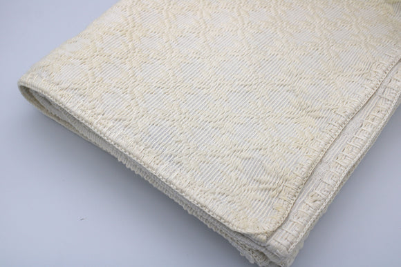 PINILIAN- Queen Bed Cover