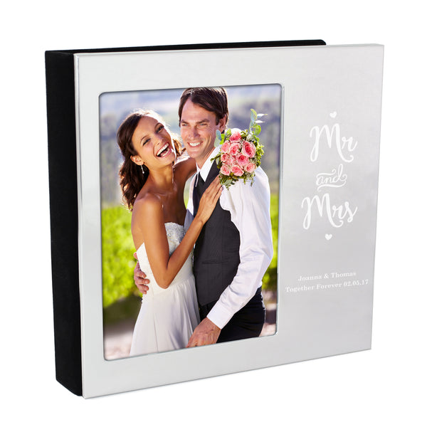Personalised Mr and Mrs 6x4 Photo Frame Album white background