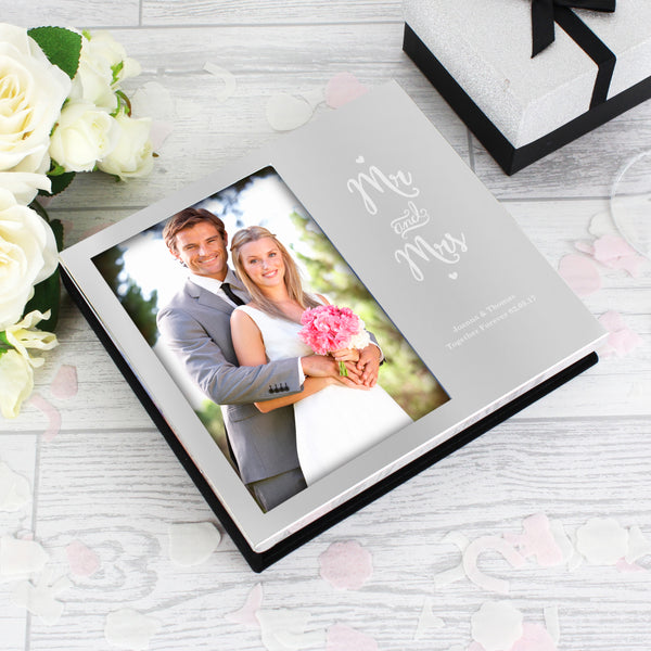 Personalised Mr and Mrs 6x4 Photo Frame Album