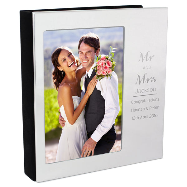 Personalised Classic Frame Album 6x4 white background