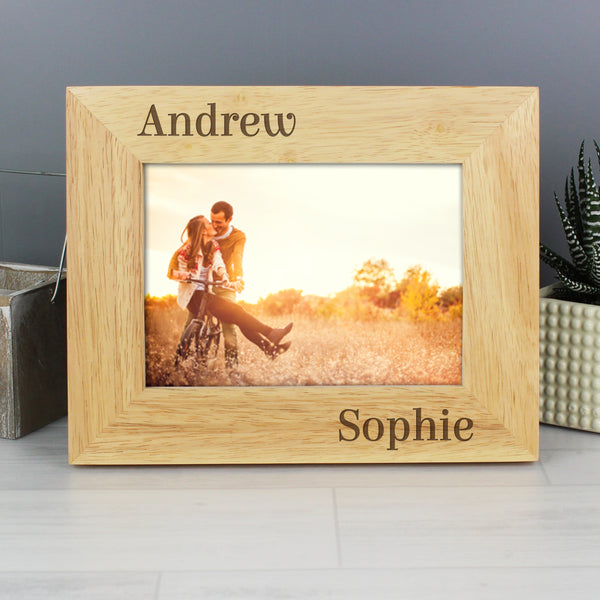 Personalised Oak Finish 6x4 Couples Photo Frame