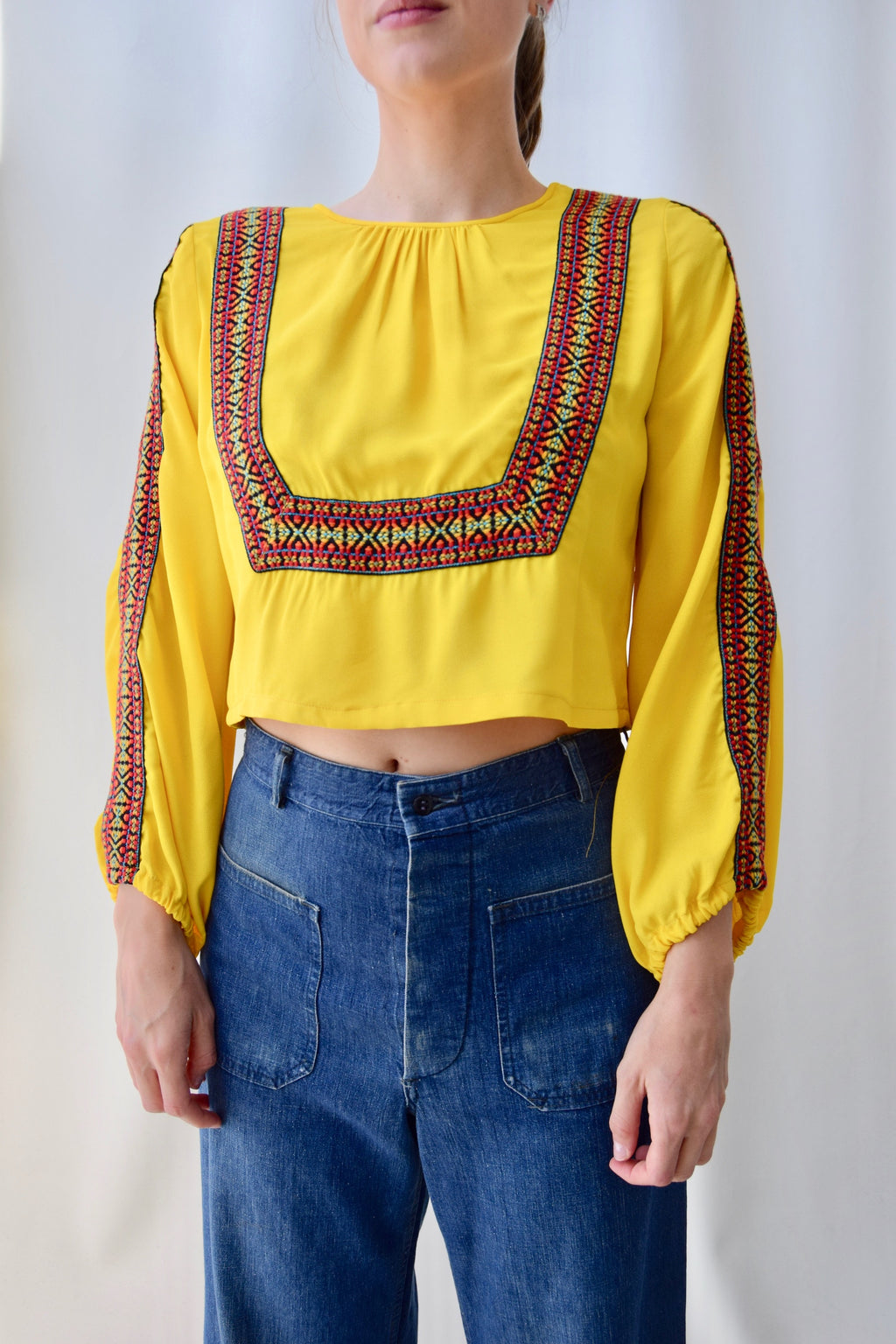 70's Ribbon Community Crop top