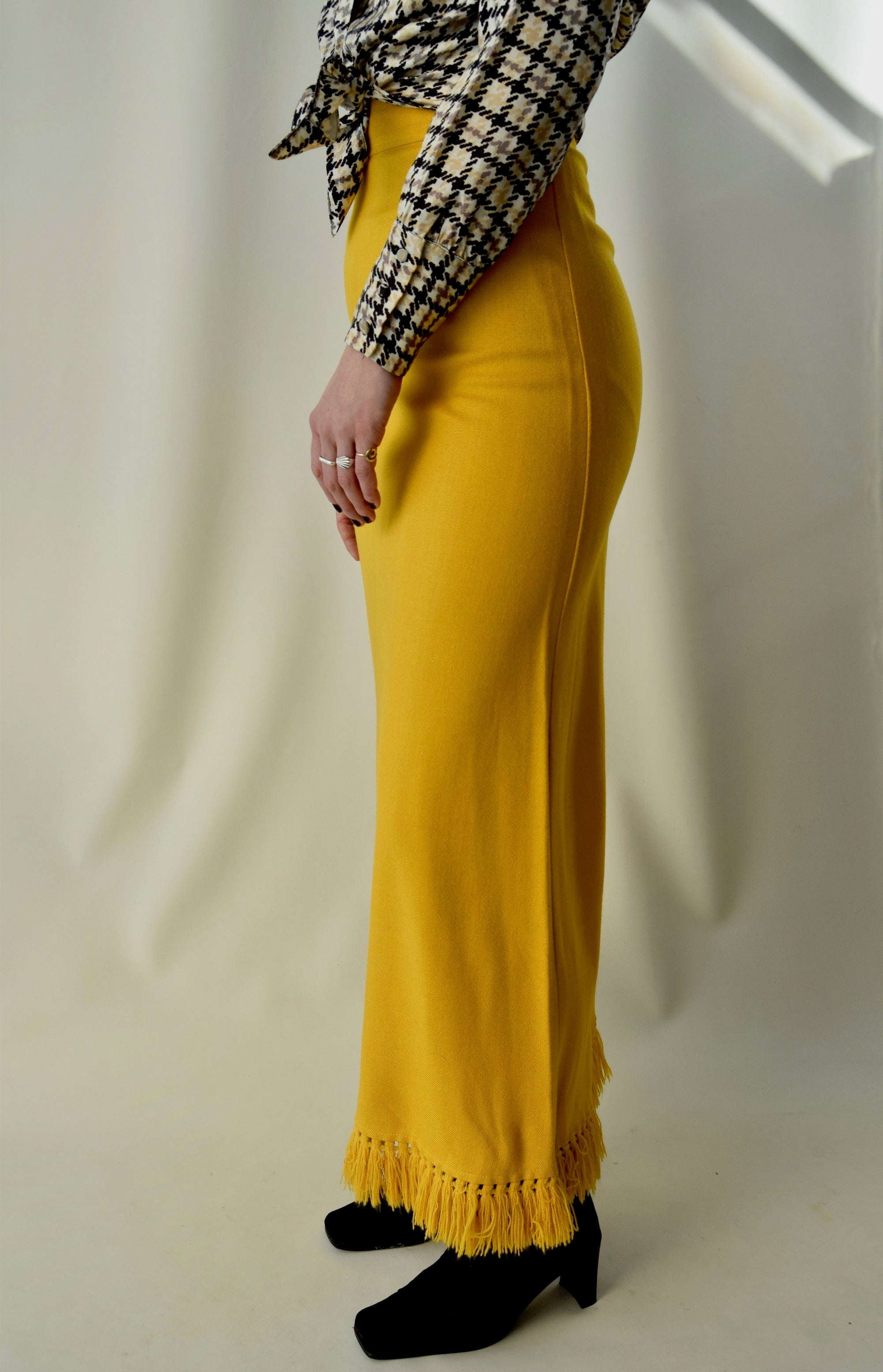 Vintage Golden Poppy Tassel Straight Knit Maxi Skirt