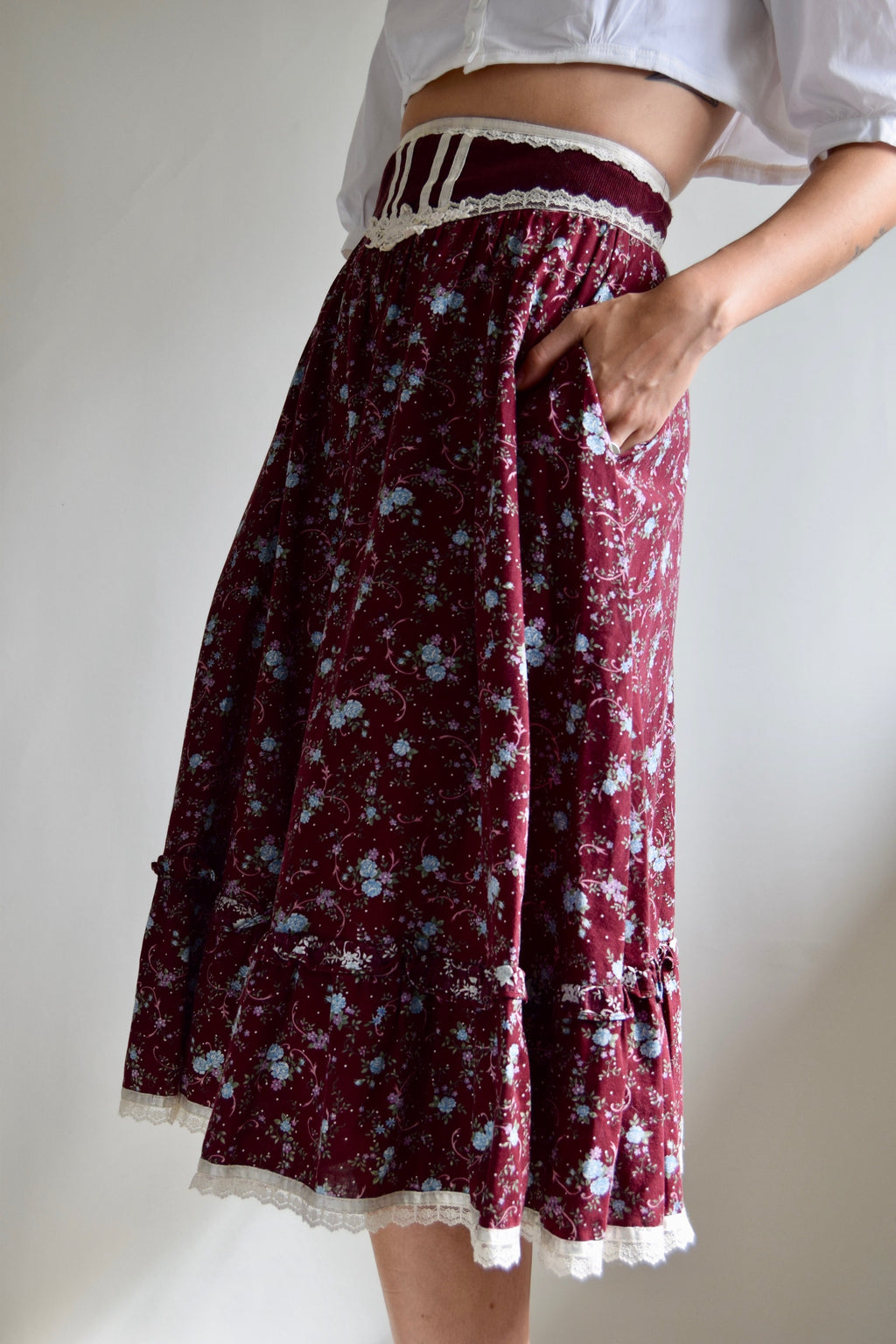 Vintage 1970's Ruffled Gunne Sax Floral Wine Skirt FREE SHIPPING TO THE U.S.
