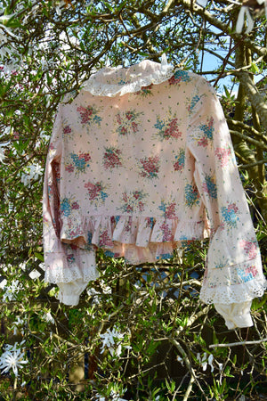 Pretty Pink Vintage Bouquet Top