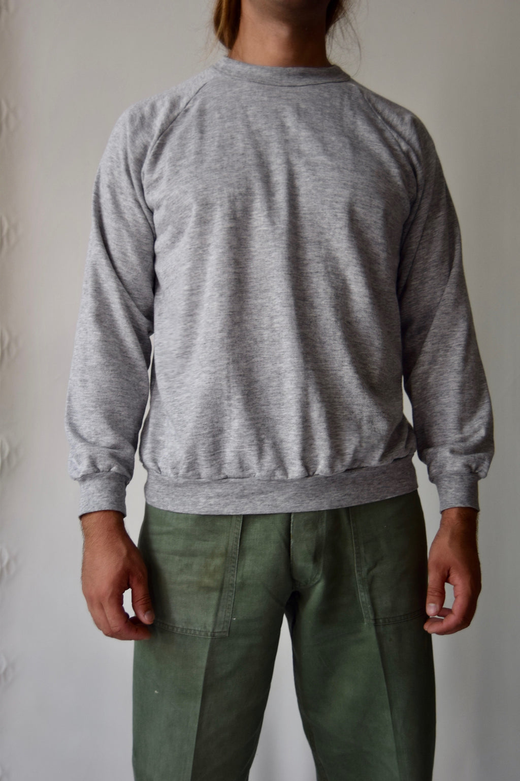 The PERFECT Vintage 50/50 Heather Grey Sweatshirt