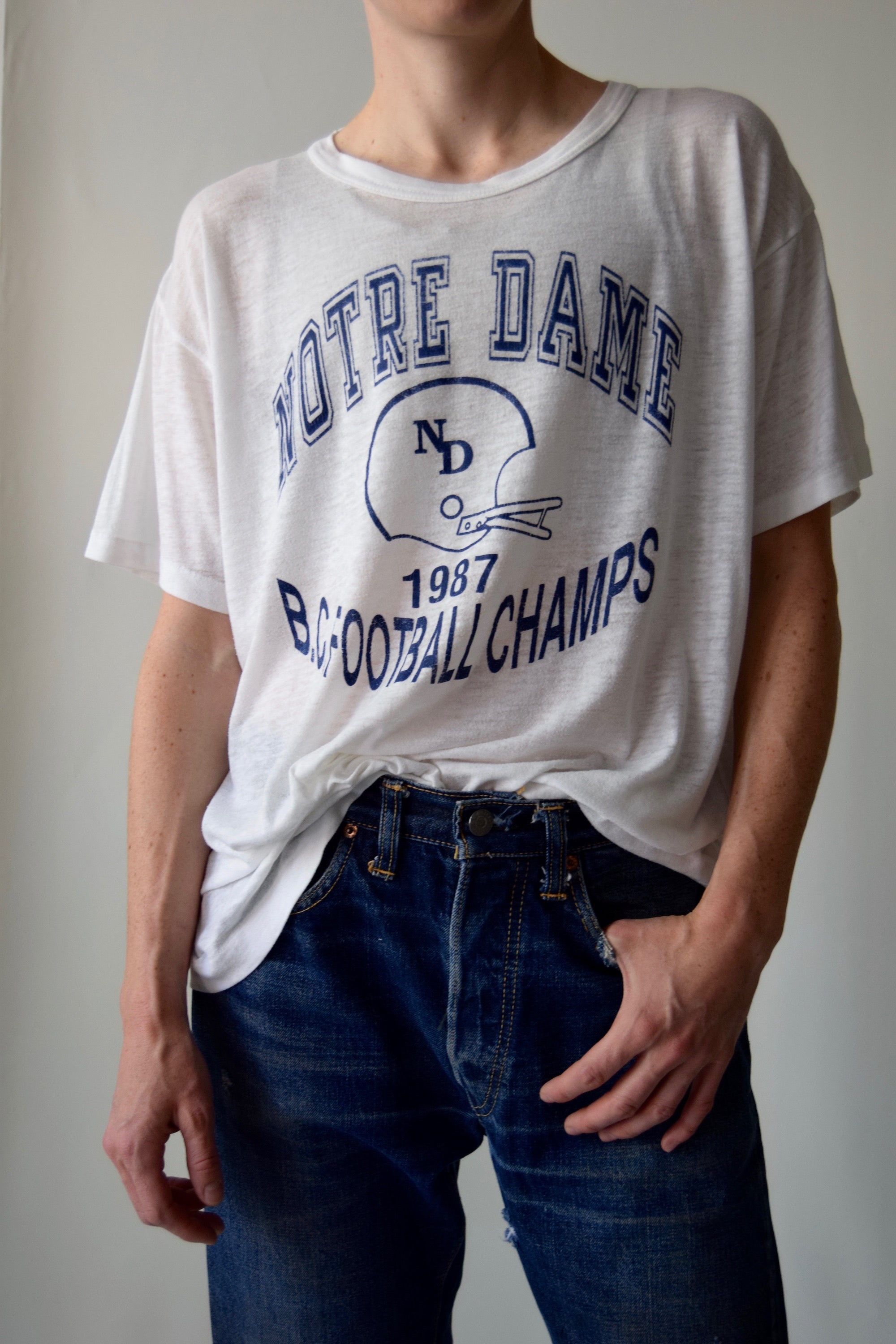 Vintage 1987 Threadbare Notre Dame T-Shirt FREE SHIPPING