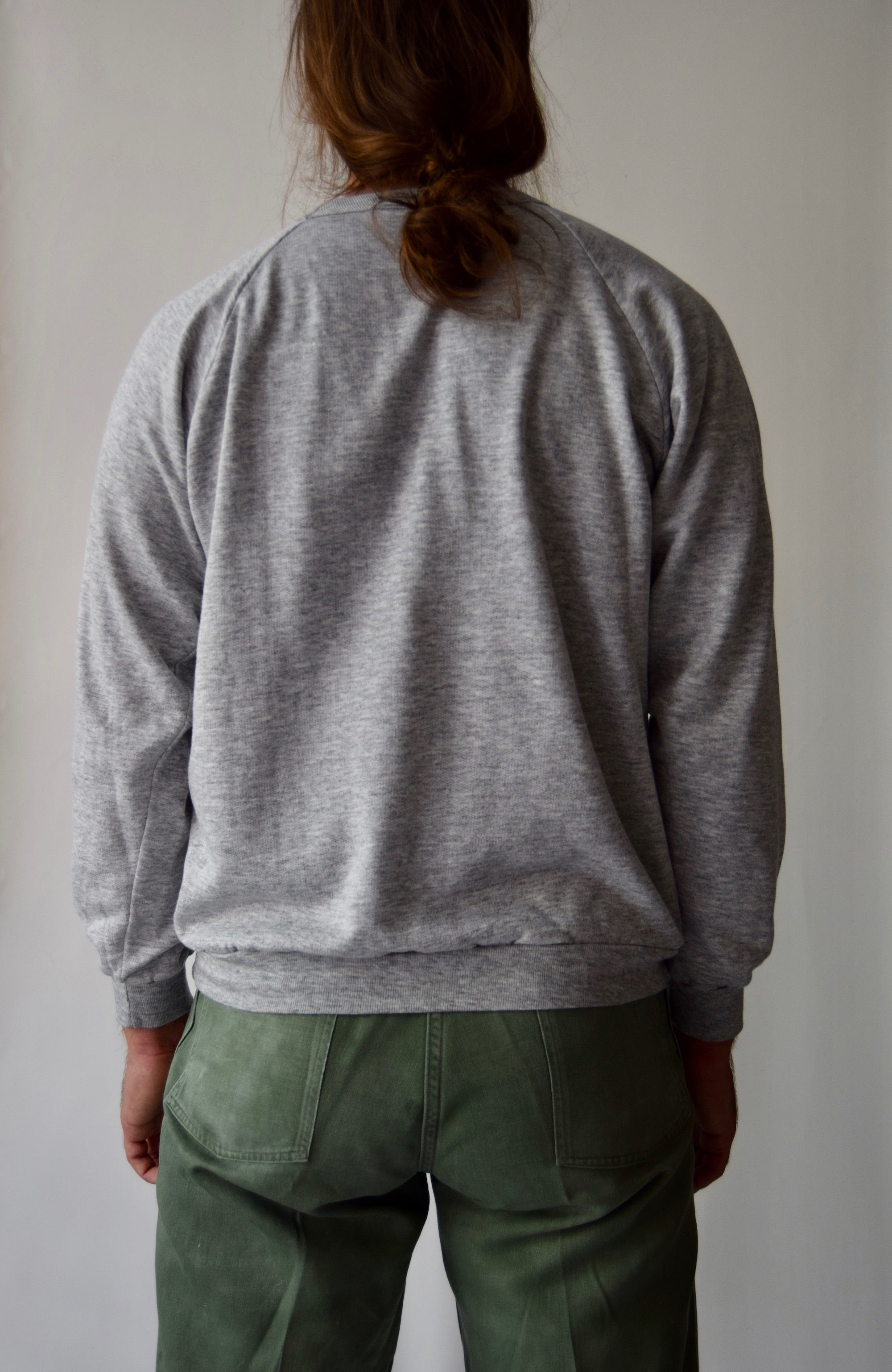 The PERFECT Vintage 50/50 Heather Grey Sweatshirt FREE SHIPPING TO THE U.S.