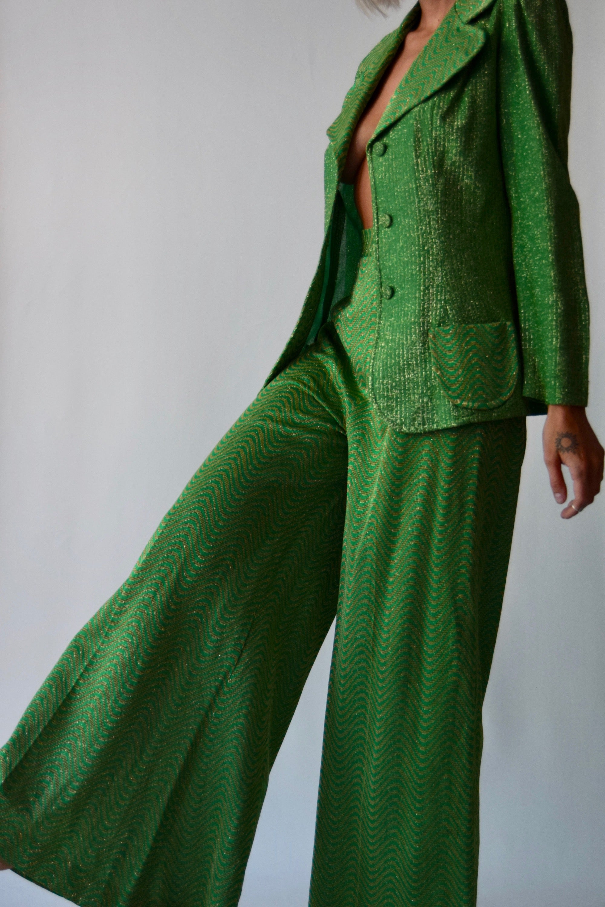 Vintage 1970's Green and Golden Waves Two-Piece Suit