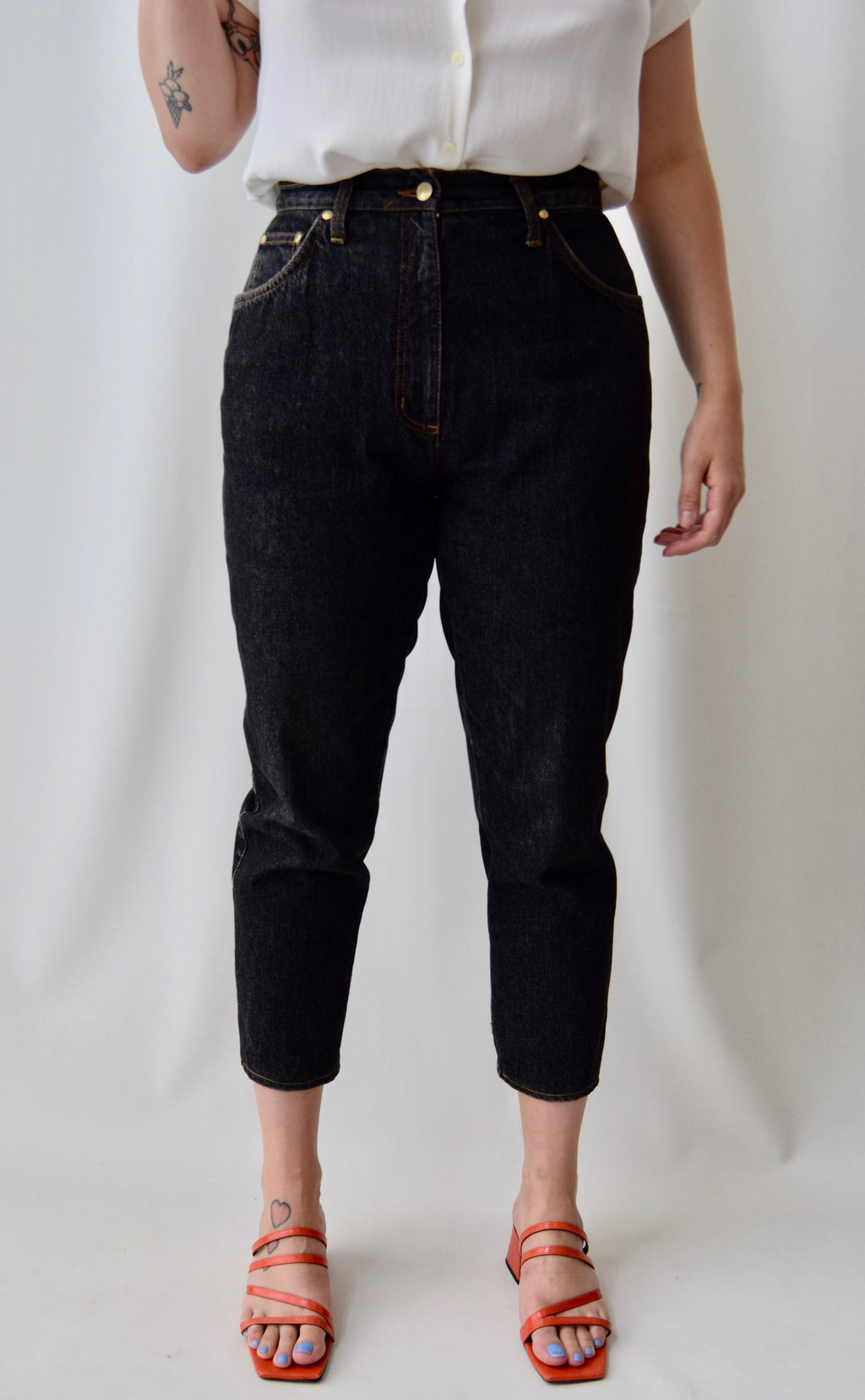 Pocket Detail Tapered Mom Jeans