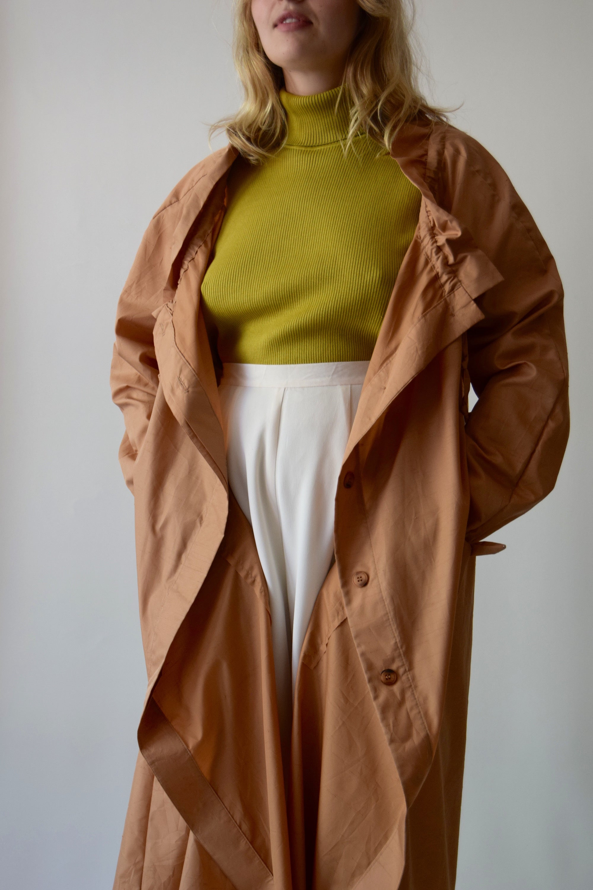 Vintage Betty Rose Amber Glow Trench Coat FREE SHIPPING TO THE U.S.
