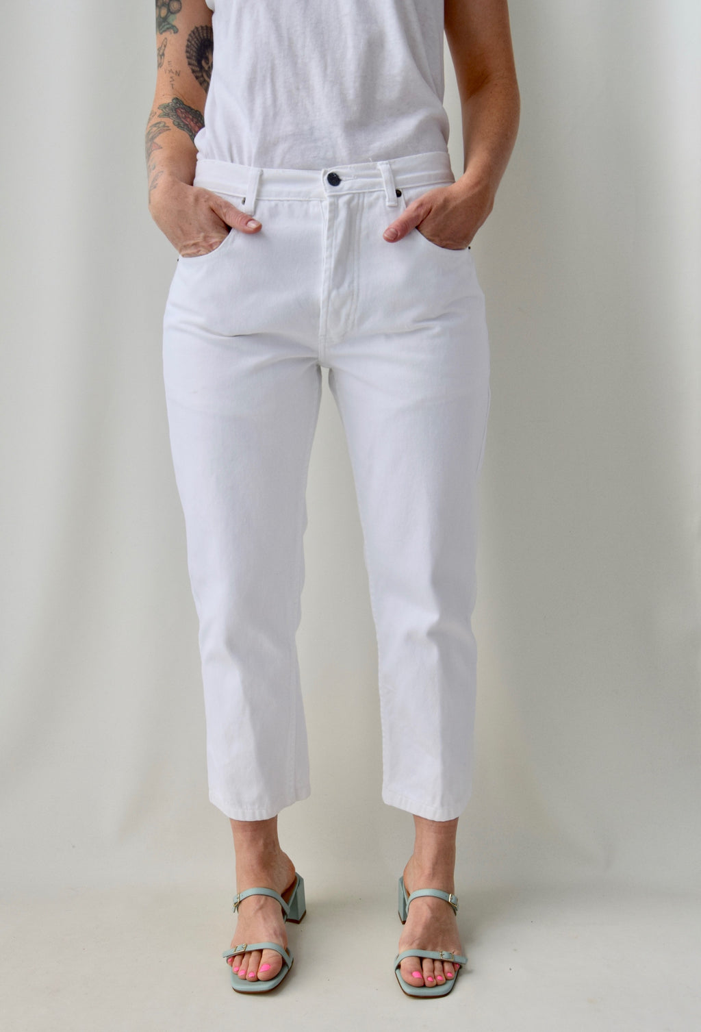 Cropped White B-Fly Jeans