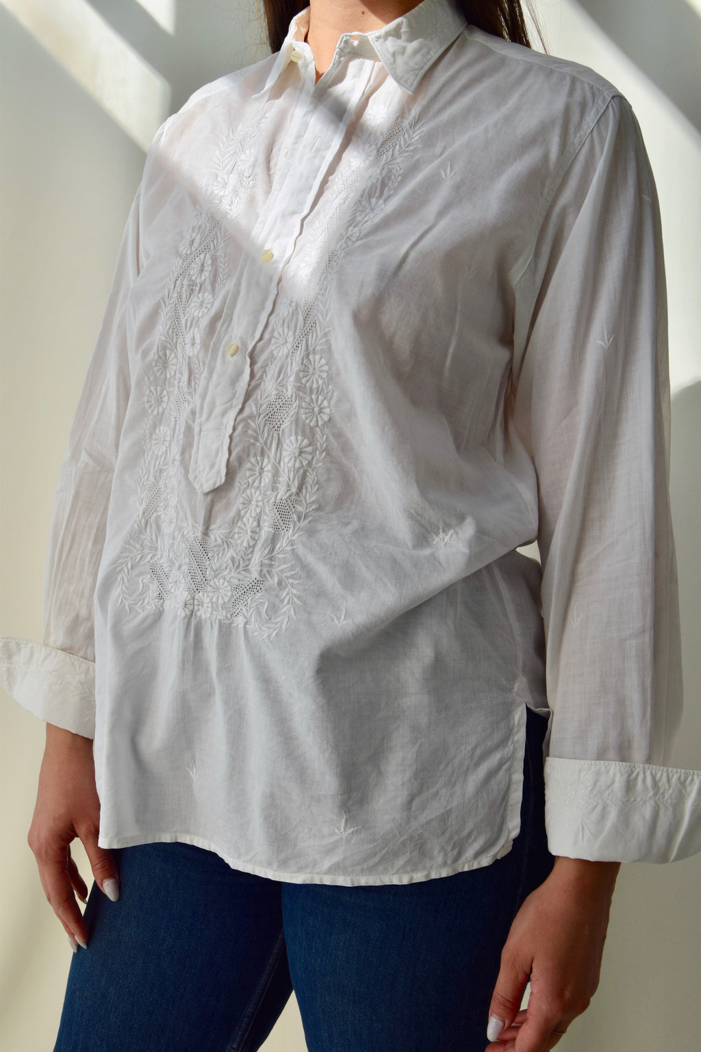 Vintage Crisp White Cotton Embroidered Shirt FREE SHIPPING TO THE U.S.