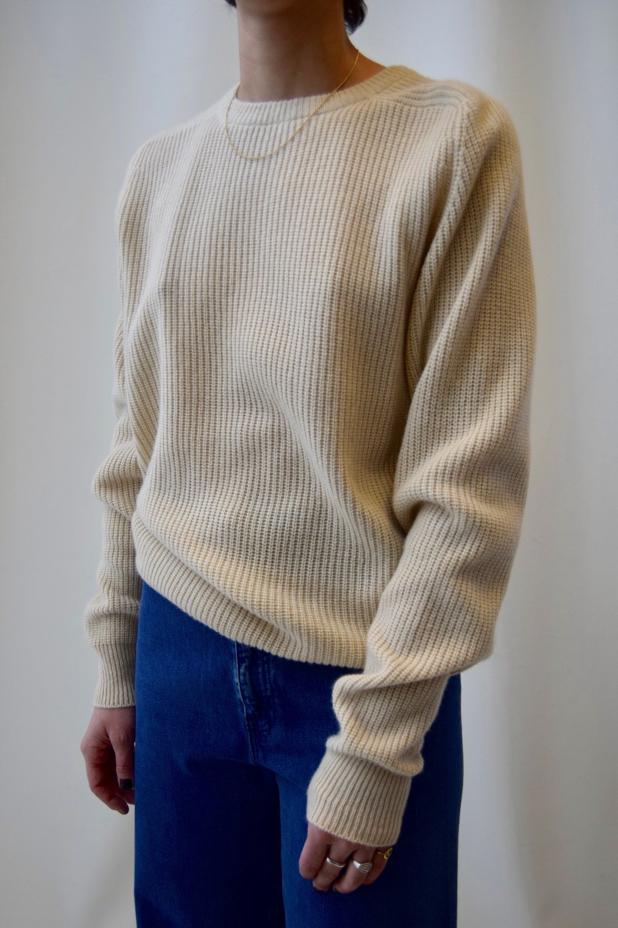 Minimalist Cream Cashmere Knit FREE SHIPPING TO THE U.S.
