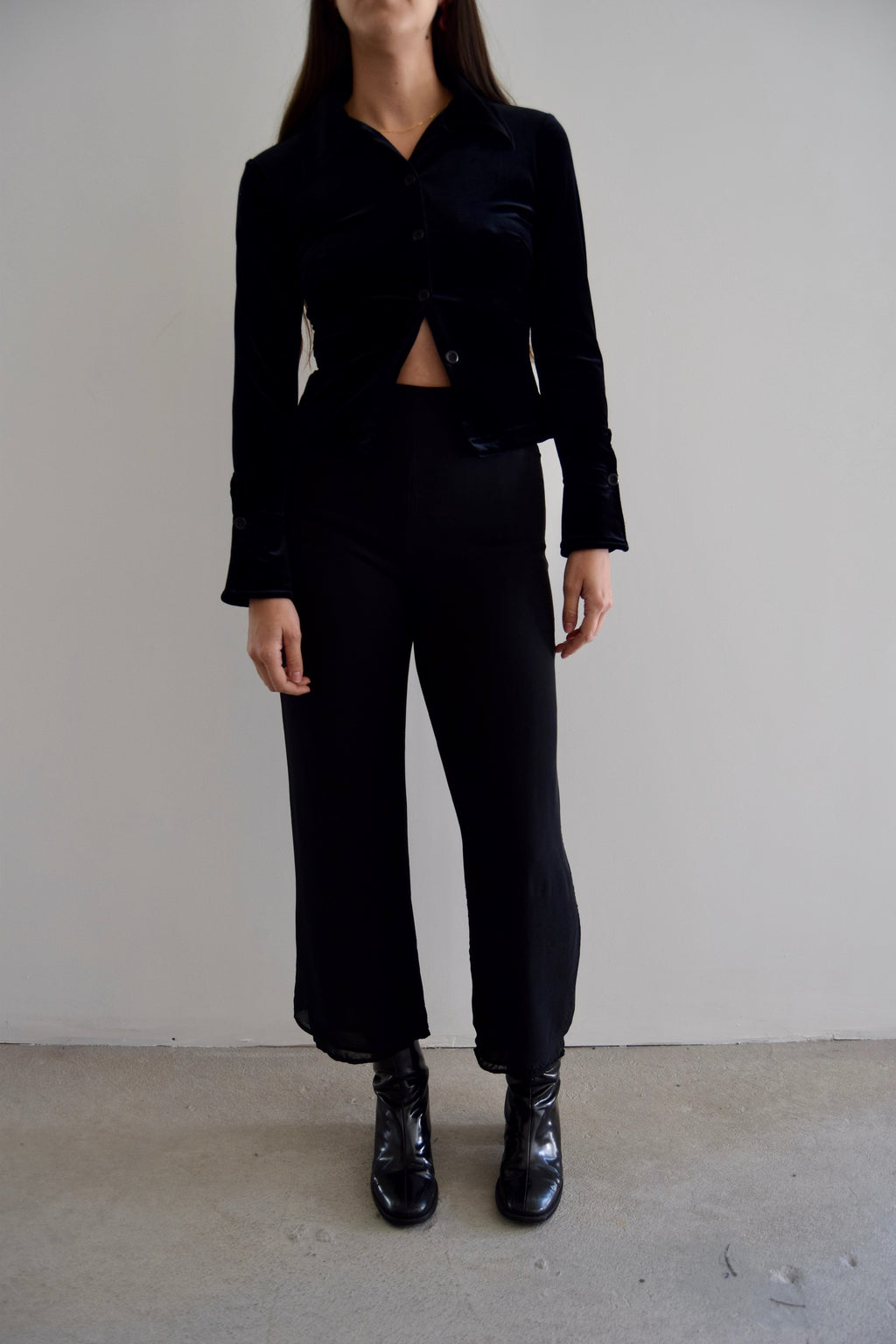 A-K-R-I-S- Black Silk Wide Leg Cropped Pants FREE SHIPPING TO THE U.S.