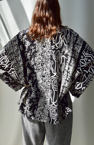 Black and White Abstract Dolman Sleeve Top